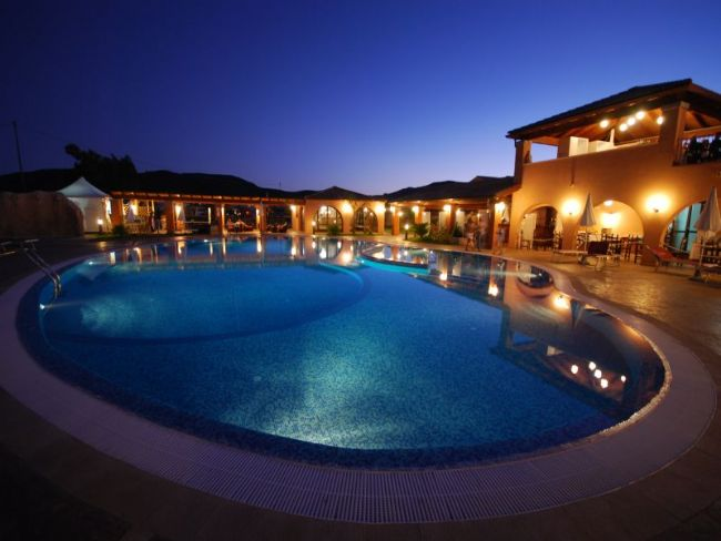Villaggio alma resort sardegna villaggi costa rei sardegna - Piscina rei village ...