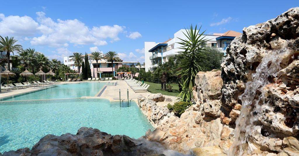 Villaggio club giardini d 39 oriente villaggi marina di nova siri basilicata - Hotel villaggio giardini d oriente ...